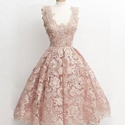 Cute light pink lace short prom dre..