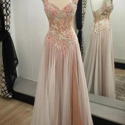 Charming Chiffon Prom Dress,Appliq..