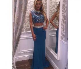 Two Pieces Prom Dres..