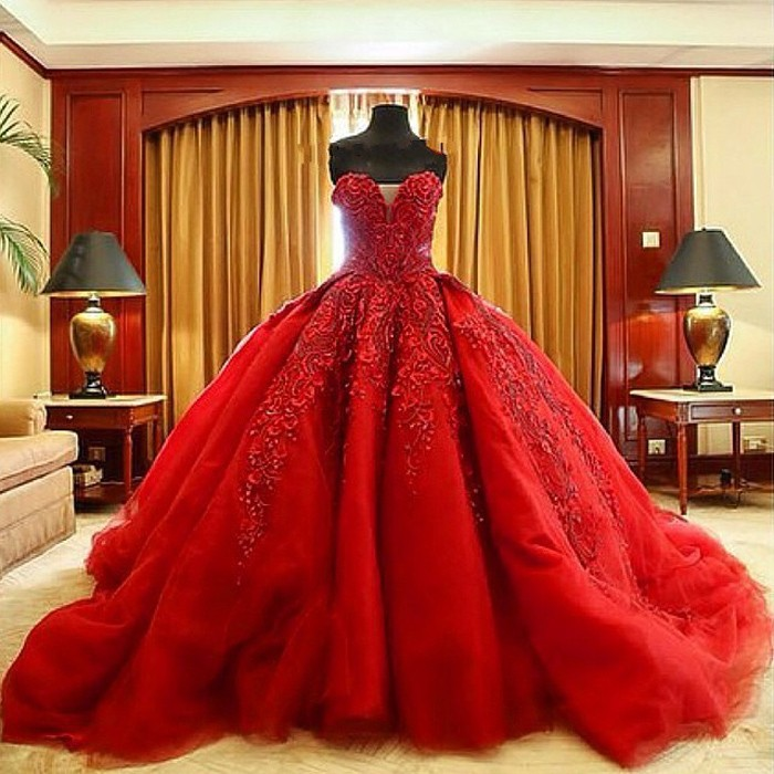 Vintage Bride Red Wedding Dress New Vestido De Noiva Y Sweetheart Charming Ball Gown Lace Liques Bridal Gowns
