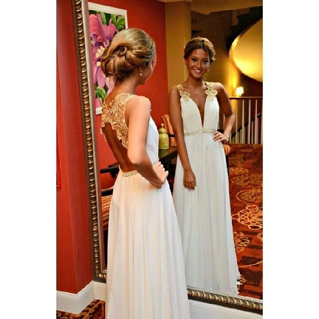 2016 Evening Dresses New Arrival Cheap Sexy A-line White Deep V-neck Backless Formal Long Prom Party Gowns Gowns Abendkleider