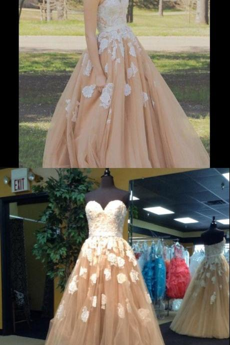 Mild Floor Length Prom Dress - Champagne Princess Sweetheart with Appliques