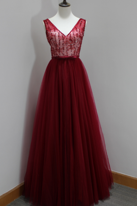 Sexy Burgundy Backless Evening Dresses V Neck Beaded Prom Dress Long Elegant Tulle Formal Gowns