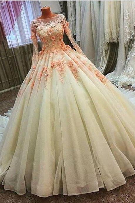 2018 New Ball Gown Elegant Wedding Dresses Sheer Scoop Neck Long Sleeve Lace Appliques Flower Chapel Train Tulle Bride Wedding Dress