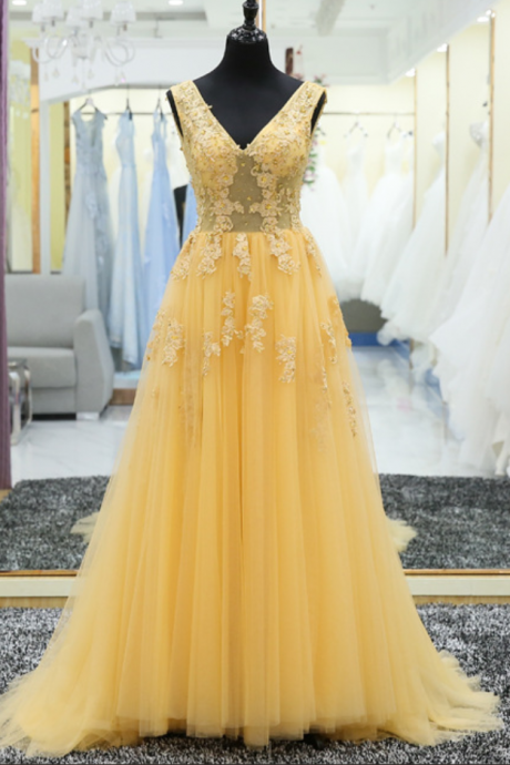 V Neck Lace Applique A Line Lace Up Back Yellow Long Prom Gown Formal Evening Party Dress