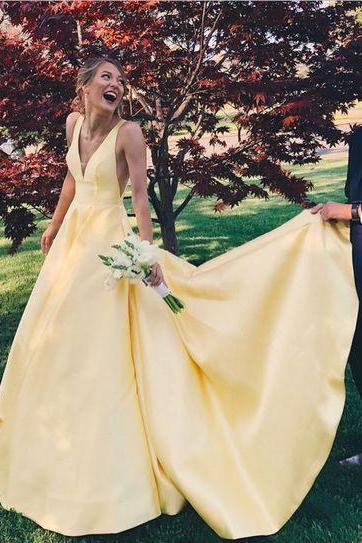 Yellow long ball gown, 2018 long homecoming dress prom dress party dress, charming v-neck low-back prom dress