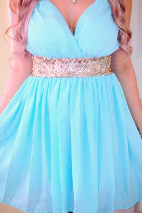Light Sky Blue Homecoming Dress,Short Beaded Prom Dress,V-Neck Homecoming Gowns,Fitted Party Dress,Backless Prom Dresses