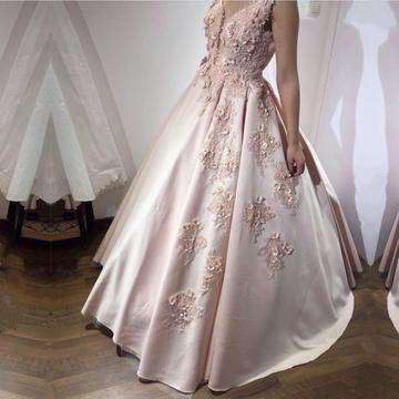 Pretty Pink Lace Appliques V Neck Ball Gown Wedding Dresses With Flowers